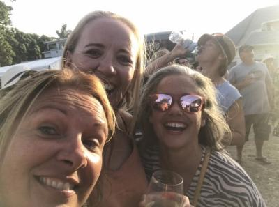 Amy Johnson Fun At Food And Wine Festivalopen Photo Comp 2020